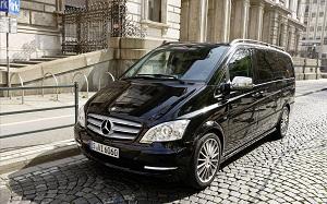 Mercedes Benz-Viano-Avengarde-Zakenlijk